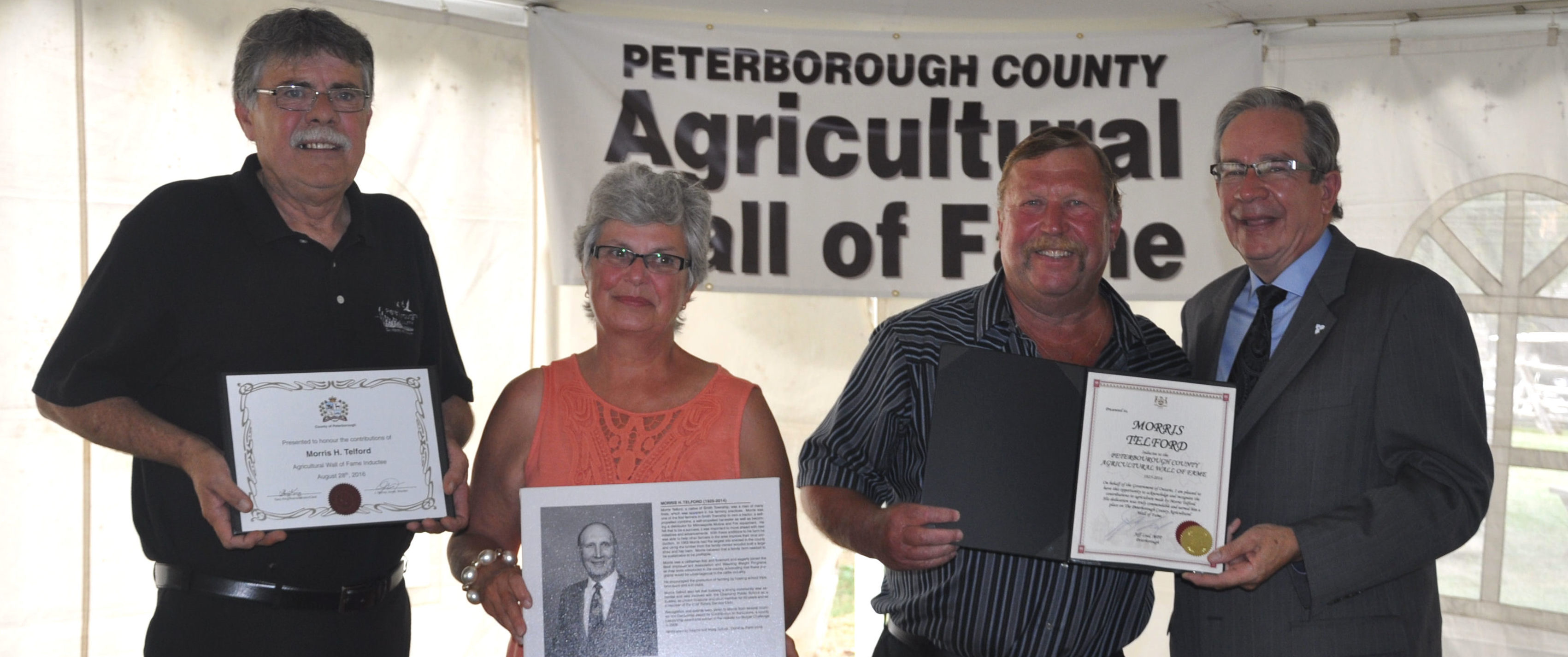 Jay Murray Jones, Warden, Marg and Wayne Telford, Jeff Leal MPP